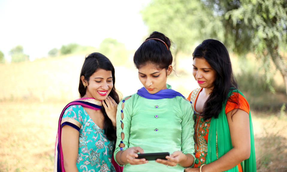 Smartphone Users in India